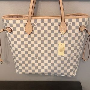 Handbags - Designer Style Handbag